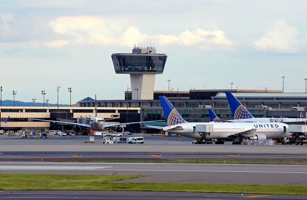 Newark Airport Parking 8 99 Day 2019 Ewr Airport Parking
