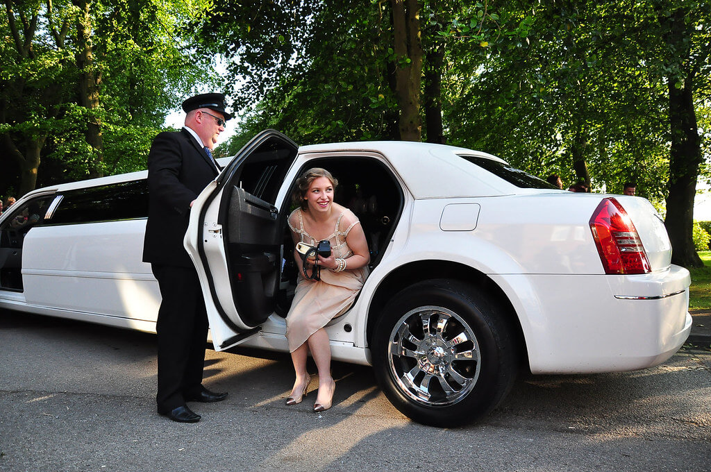 Arrive at your wedding in style