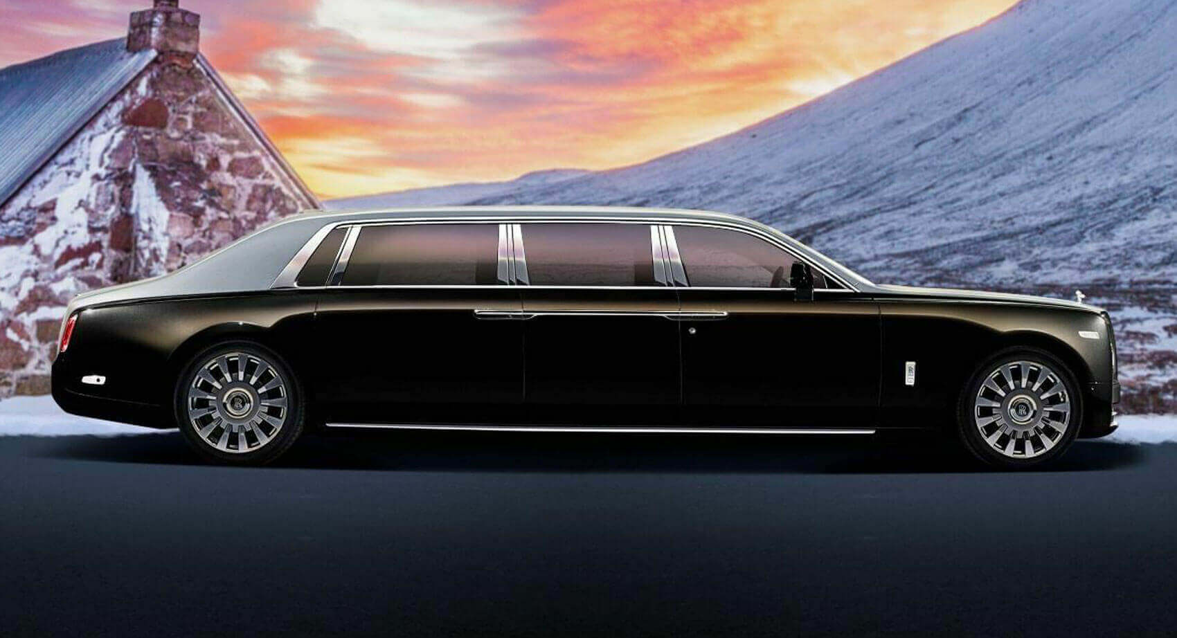 Rent top rated limousine at privatecarapp