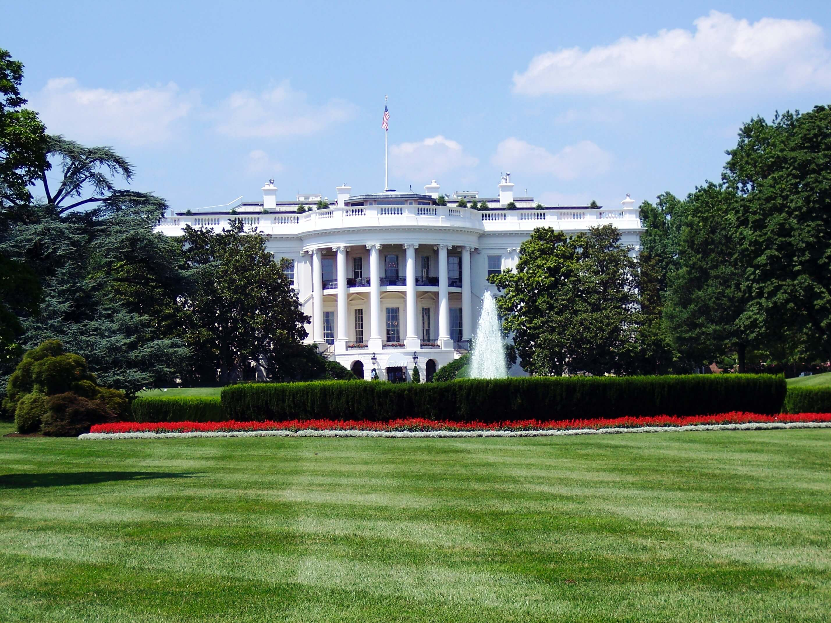Renting a Shuttle Bus In Washington DC is much easier with our Guide in 2021