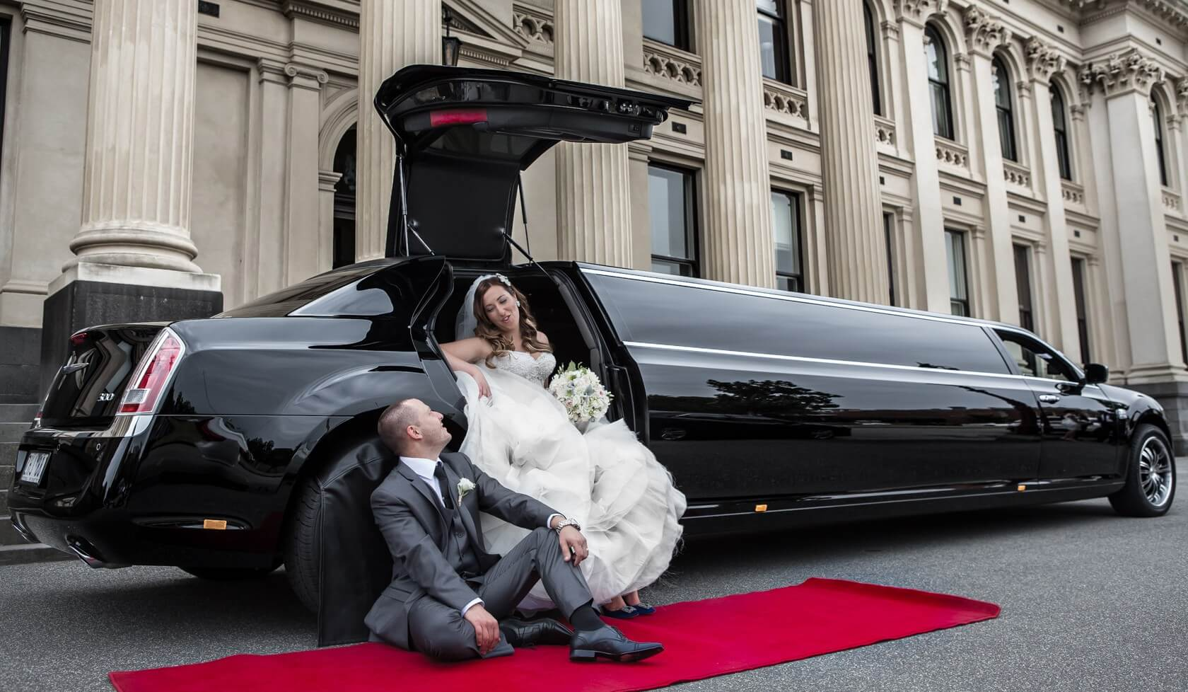 Rent A Wedding Limousine with privatecarapp