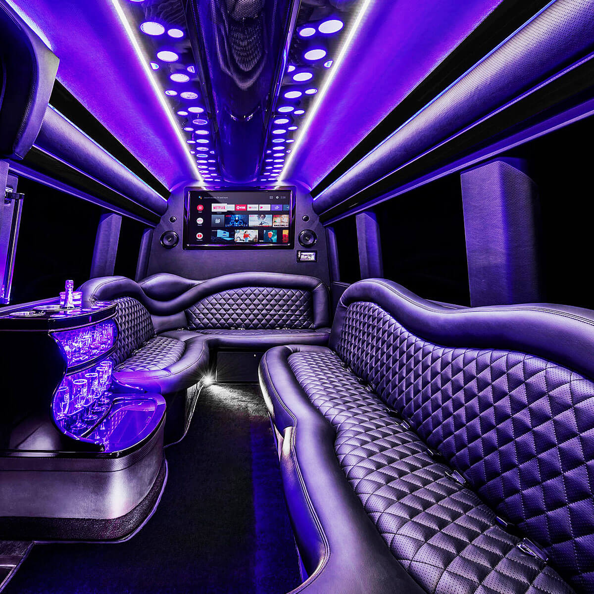What to expect from a party bus - The party bus amenities